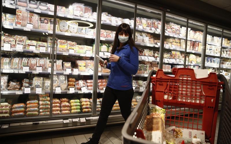 Έρχονται νέα μέτρα στα σούπερ – μάρκετ: Φόβοι για μεγαλύτερες ουρές