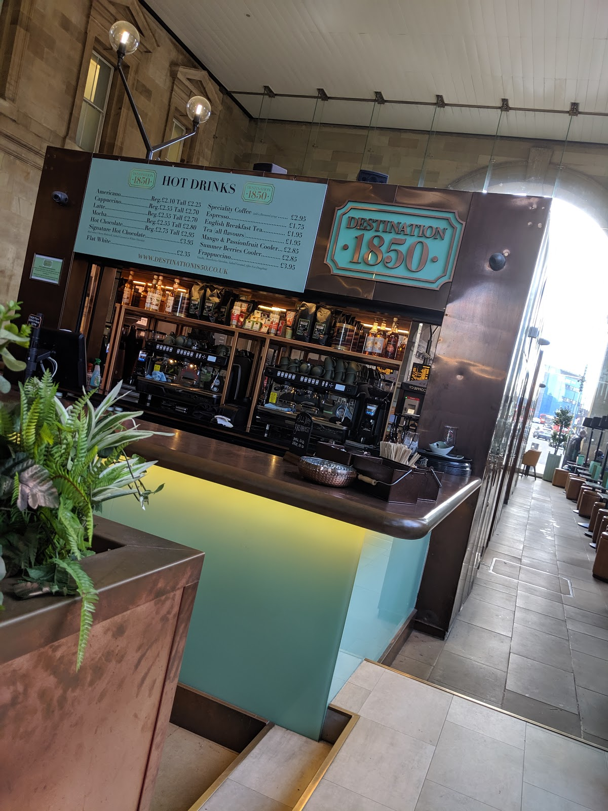 Destination 1850 : A Canny Place to Kill Time at Newcastle Central Station - hot drink menu