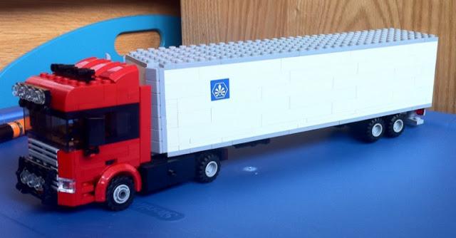 mobil truk lego gandeng mainan