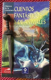Portada del libro Cuentos fantásticos y de animales, de Hans Christians Andersen