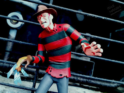 NECA Toony Terrors A Nightmare on Elm Street Freddy Krueger Action Figure