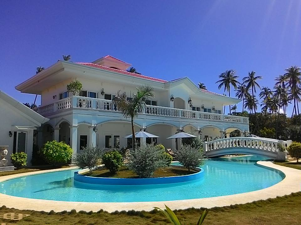 Casa Blanca By The Sea Is A Perfect Private Getaway