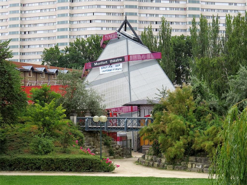 Monfort-Théâtre, former Théâtre Silvia-Monfort by Claude Parent, Parc Georges-Brassens, rue Brancion, Paris