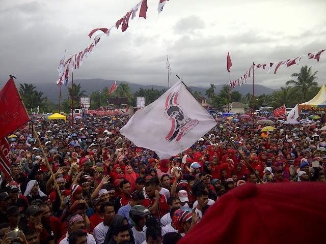 Belasan Ribu Massa Hadiri Deklarasi Partai Aceh di Abdya