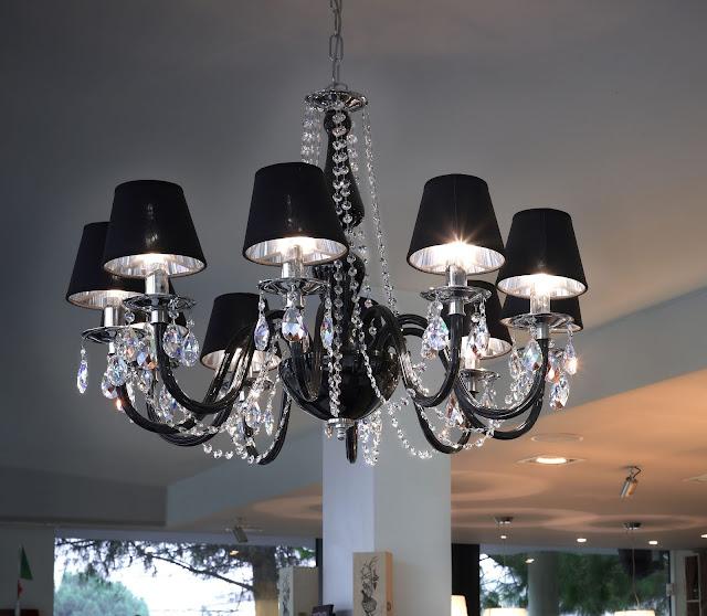 lampadario-di-murano-nero-con-gocce-swarovski