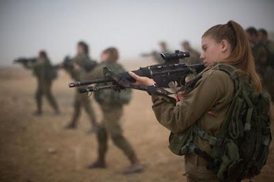 IDF considera integração total de gênero de unidades de combate