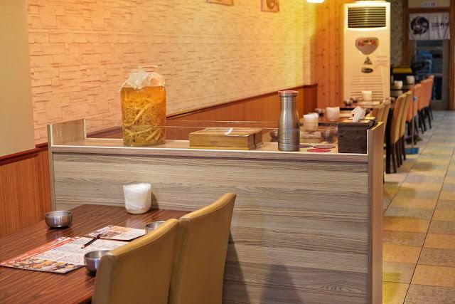 台南安平區美食【瑪西達韓式料理】店內環境