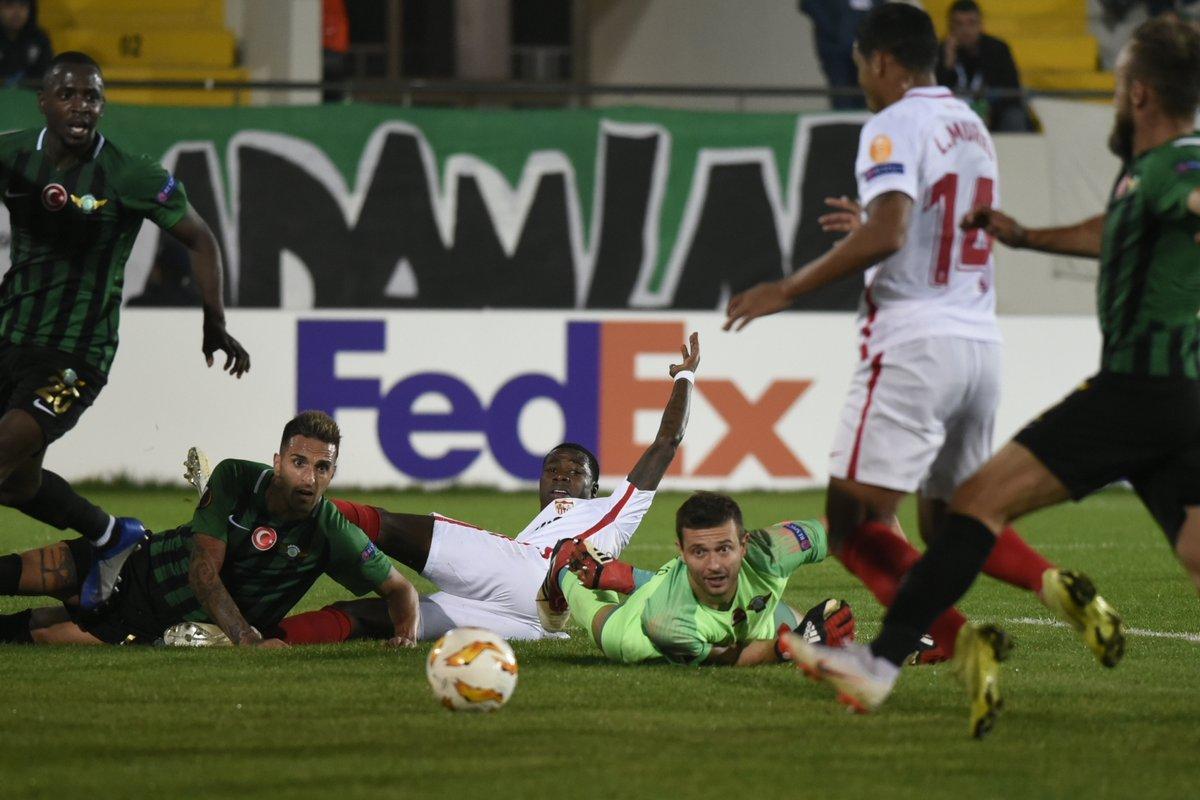 f5deb1b2dccfa Gelán Noticias  FÚTBOL.- UEFA LIGA EUROPA.- El Sevilla FC superó ...