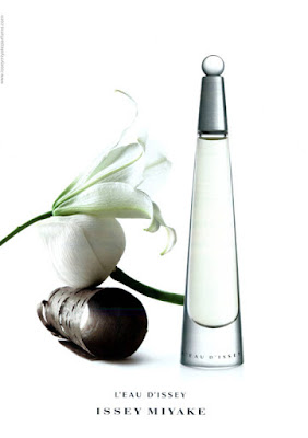L'eau d'Issey (2001 - 2014) Issey Miyake