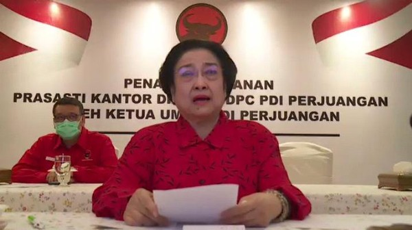 Bu Mega Marah : Ngapain Sih Kamu Demo-demo? Lucu Banget Indonesia Sekarang!