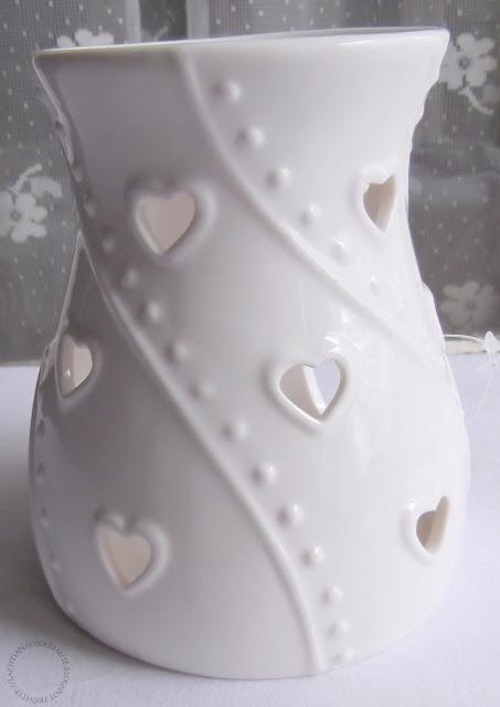 YANKEE CANDLE  White Hearts brûleur à tartelettes