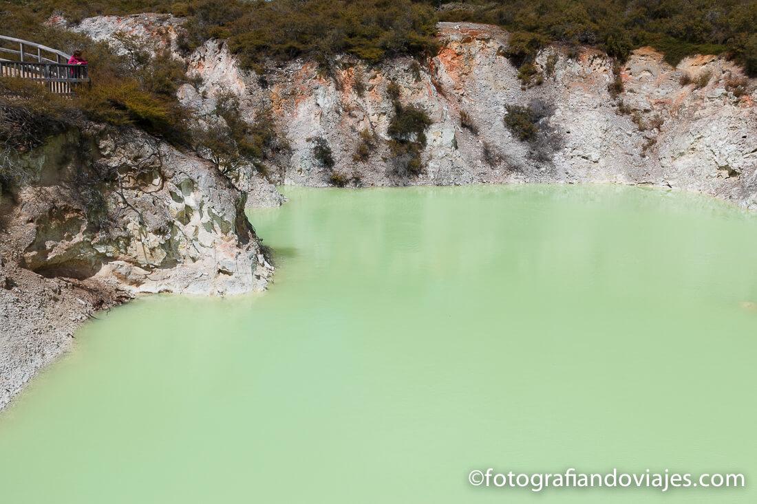 Devil´s Bath en Wai O Tapu Thermal Wonderland, Rotorua, Nueva Zelanda