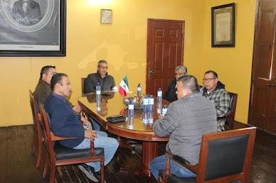 Sostiene alcalde reunión con Alianza de pastores de Álamos