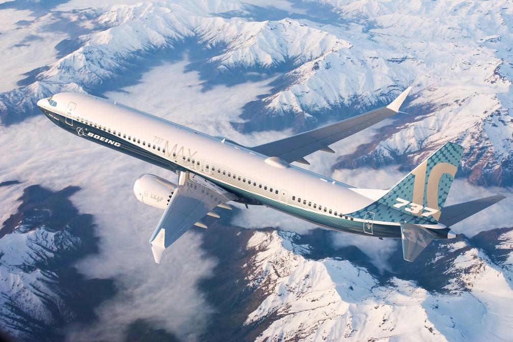Maior Boeing 737 MAX realiza voo inaugural