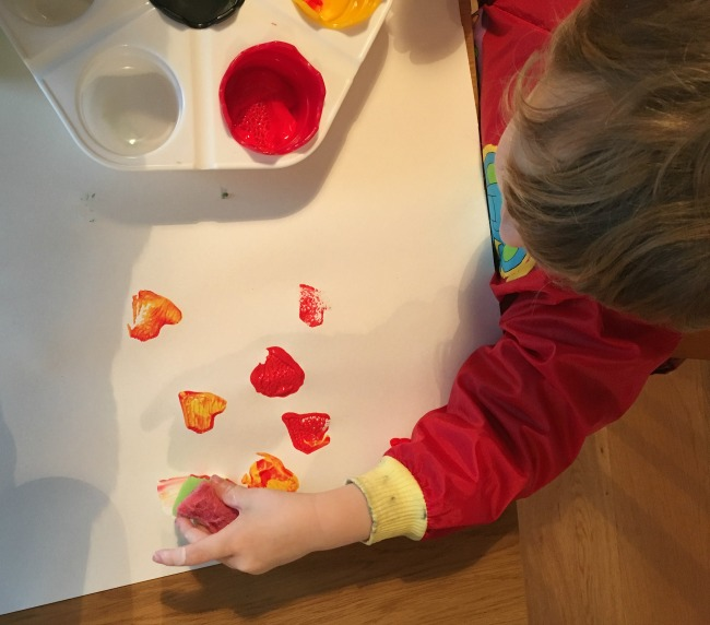 5-minute-games-for-toddler-painting-with-foam-stamp