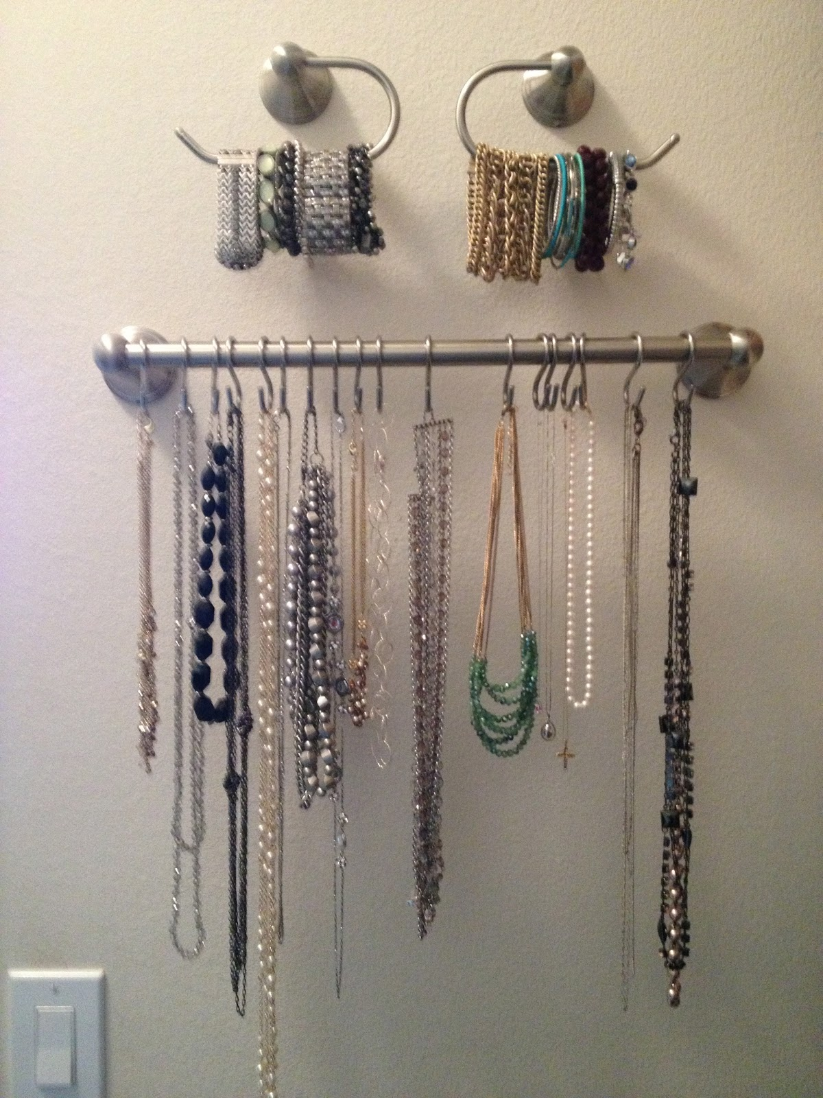 How to Easily Organization Jewelry and Accessories ...