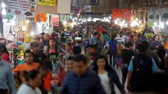 Presidente do México é acusado minimizar pandemia e Justiça pede medidas concretas contra Covid-19 no país