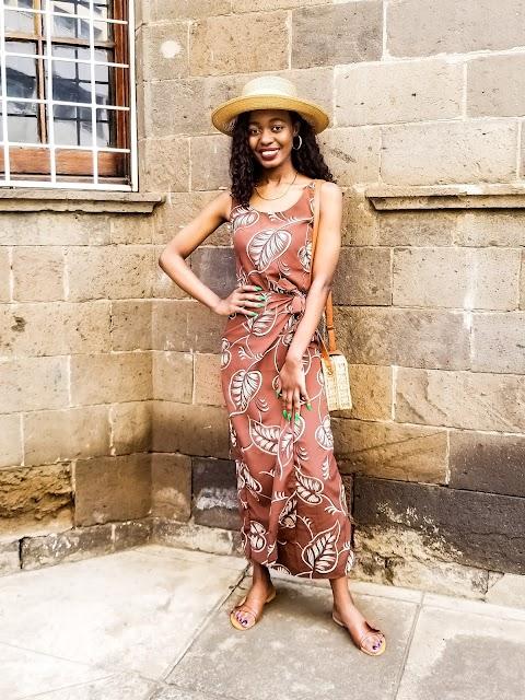 What To Wear To Brunch: Brown Self-Tie Brunch Date Dress