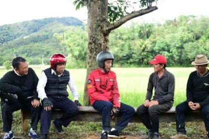 Jokowi Foto Dialog dengan Petani, Hensat: Emang Kedengeran? Kupingnya kan Ketutup Helm