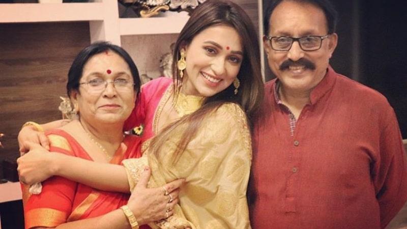 mimi chakraborty family