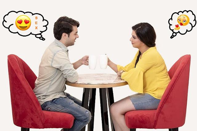 Die häufigste Definition von Partnerbörse Sex ist eine virtuelle sexuelle Begegnung zwischen zwei oder mehr Personen, die das Internet nutzen. Es kann sich um Personen handeln, die sich gegenseitig über eine Webcam ansehen oder über textbasierte Nachrichten, Instant Messaging, Webcam, Sprache, Skype kommunizieren, entweder in einem Chatroom, auf einem Message Board, über einen Videodienst, über Instant Messaging oder über ein E-Mail-System .    Einige haben den Begriff um Online-Pornografie erweitert, aber für uns wird die oben angegebene Definition unser Bezugsrahmen sein. Da die beteiligten Personen oft Meilen oder sogar Kontinente voneinander entfernt sind, findet natürlich kein tatsächlicher Sex statt und was passiert, wird technisch als Masturbation angesehen.    Partnerbörse sex selbst ist an sich nichts Falsches und kann für Fernpaare eine Möglichkeit sein, sich auf einer intimeren Ebene zu verbinden, als dies mit früheren Technologien möglich wäre. Aber es steigt auf die Ebene der Sexsucht, wenn eine Person es zwanghaft tut, um negative Emotionen zu unterdrücken und sie möglicherweise durch falsche Gefühle von Intimität und Liebe zu ersetzen. Ein gesunder Erwachsener kann das sexuelle Online-Verhalten einschränken, wenn es Beziehungen bedroht, Probleme verursacht oder große Teile seines Lebens übernimmt. Eine Person, die an einer Sucht leidet, kann das Internet nutzen, um ihre Bedürfnisse zu befriedigen, und kann nicht im Verhalten regieren.
