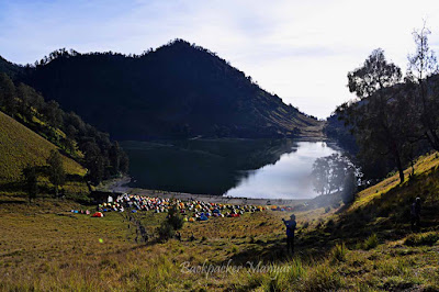 pagi hari di Ranu Kumbolo - Backpacker Manyar