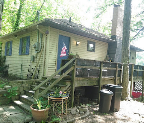 How has Coronavirus affected the housing market.  People can live anywhere. Lake House Cottage.