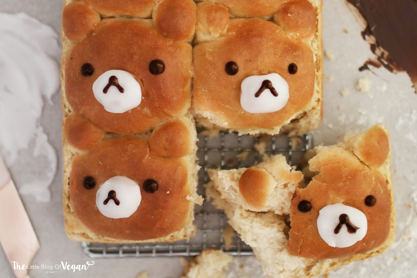 Easy bear bread rolls recipe | Ft DeDietrich