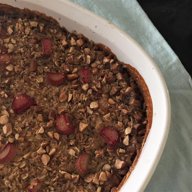 Vegan Baked Oatmeal with Rhubarb