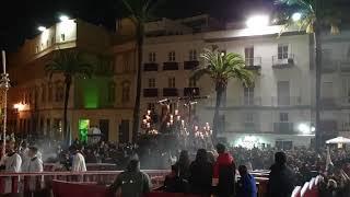 Vídeo del Santísimo Cristo del Perdón subiendo rampa de la Catedral. Semana Santa Cádiz 2019
