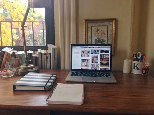 apple - macintoch - macbook pro - anime uth - web design - sexy laptop