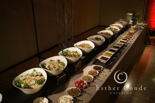 Buffet vegano para una boda tipo coctel - Foto: Esther Conde
