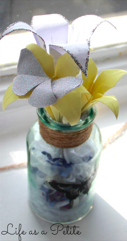 DIY Gift Idea: Paper Lilies (Life as a Petite)