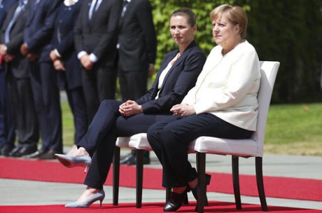 Καθιστή καλωσόρισε η Μέρκελ την πρωθυπουργό της Δανίας