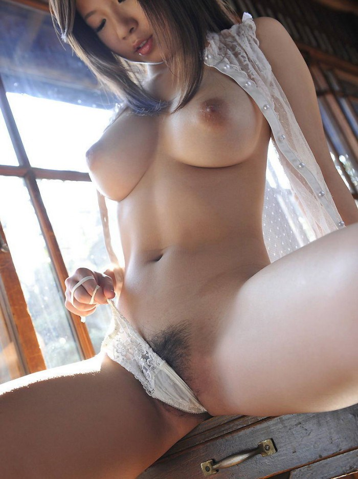 Nude girl with big breast