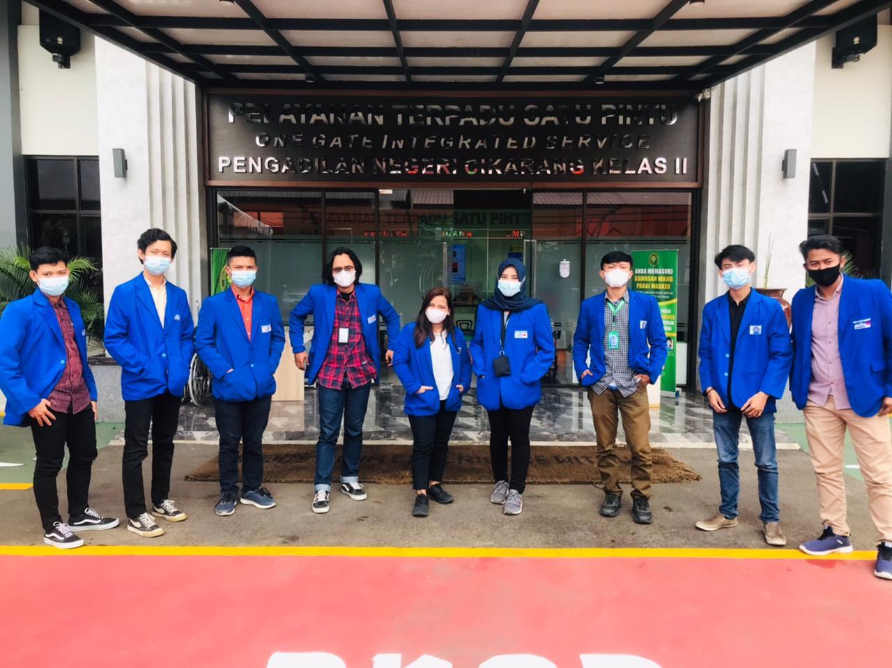 Kembangkan Wawasan, Mahasiswa Hukum UPB Kunjungi PN Cikarang