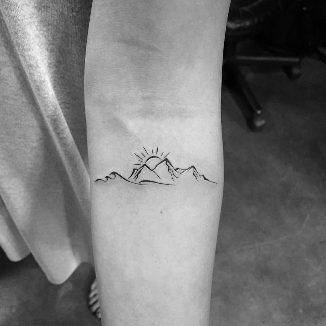 200+ Best Mountain Tattoos For Men (2019) Range, Geometric