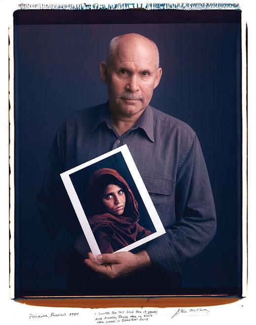 【影像故事】拍下那些經典的攝影師,究竟是誰? - Steve McCurry - Girl in Afghanistan