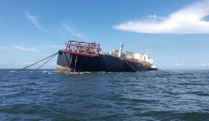 Venezuela, nave in panne con 300 mln di litri di petrolio a bordo