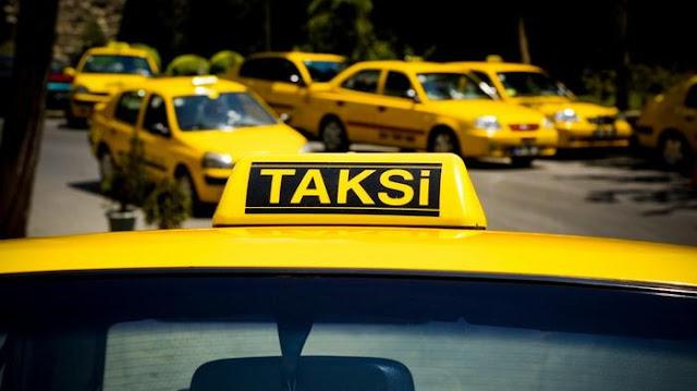 Tak Berizin, Iklan Di Taksi Online Akan Ditertibkan