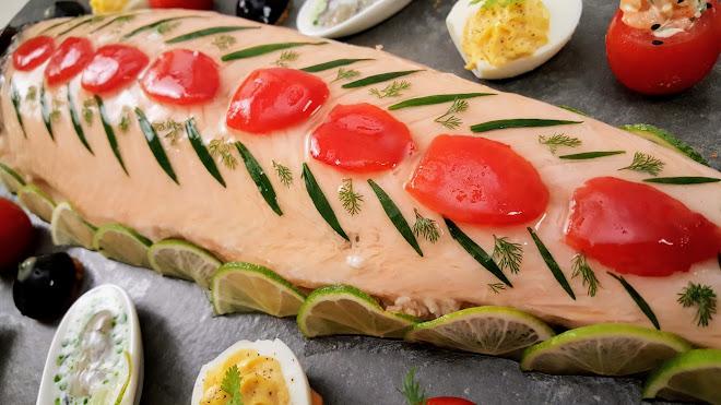 Saumon en Bellevue ou saumon froid en gelée