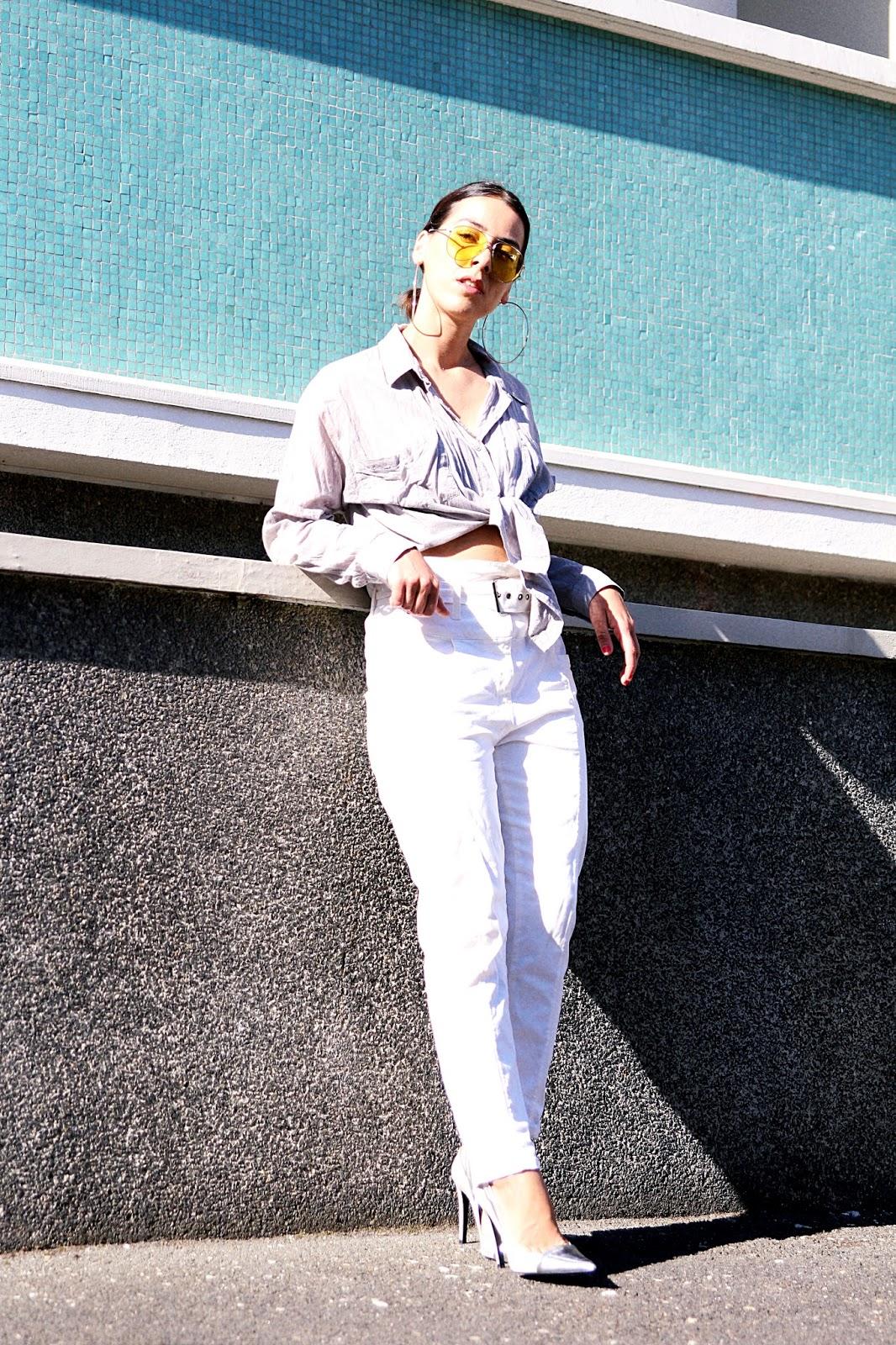 look-été-2017-lunettes-de-soleil-jaune-pantalon-taille-haute