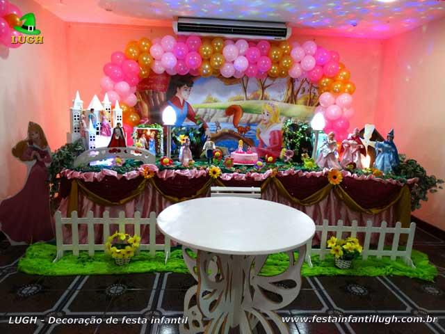 Decoração A Bela Adormecida - Princesa Aurora - Mesa luxo de aniversário para festa temática - Barra RJ