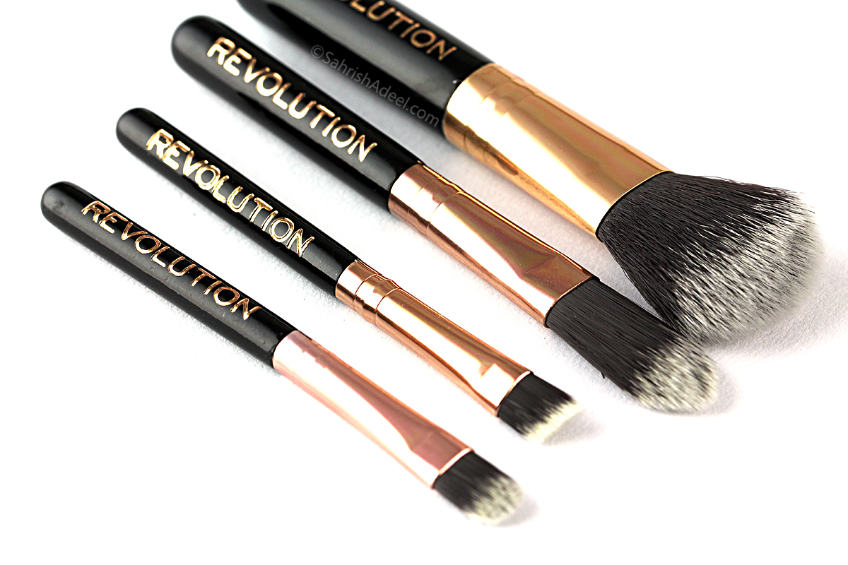Makeup brushes are very essential to achieve decent makeup looks but the quality can put a great impact on the overall result. Investing in good makeup ...