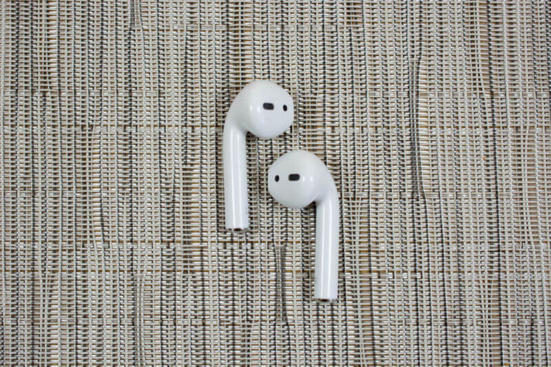 New AirPods, Apple Noise-Reducing Headphones Pegged For 2019