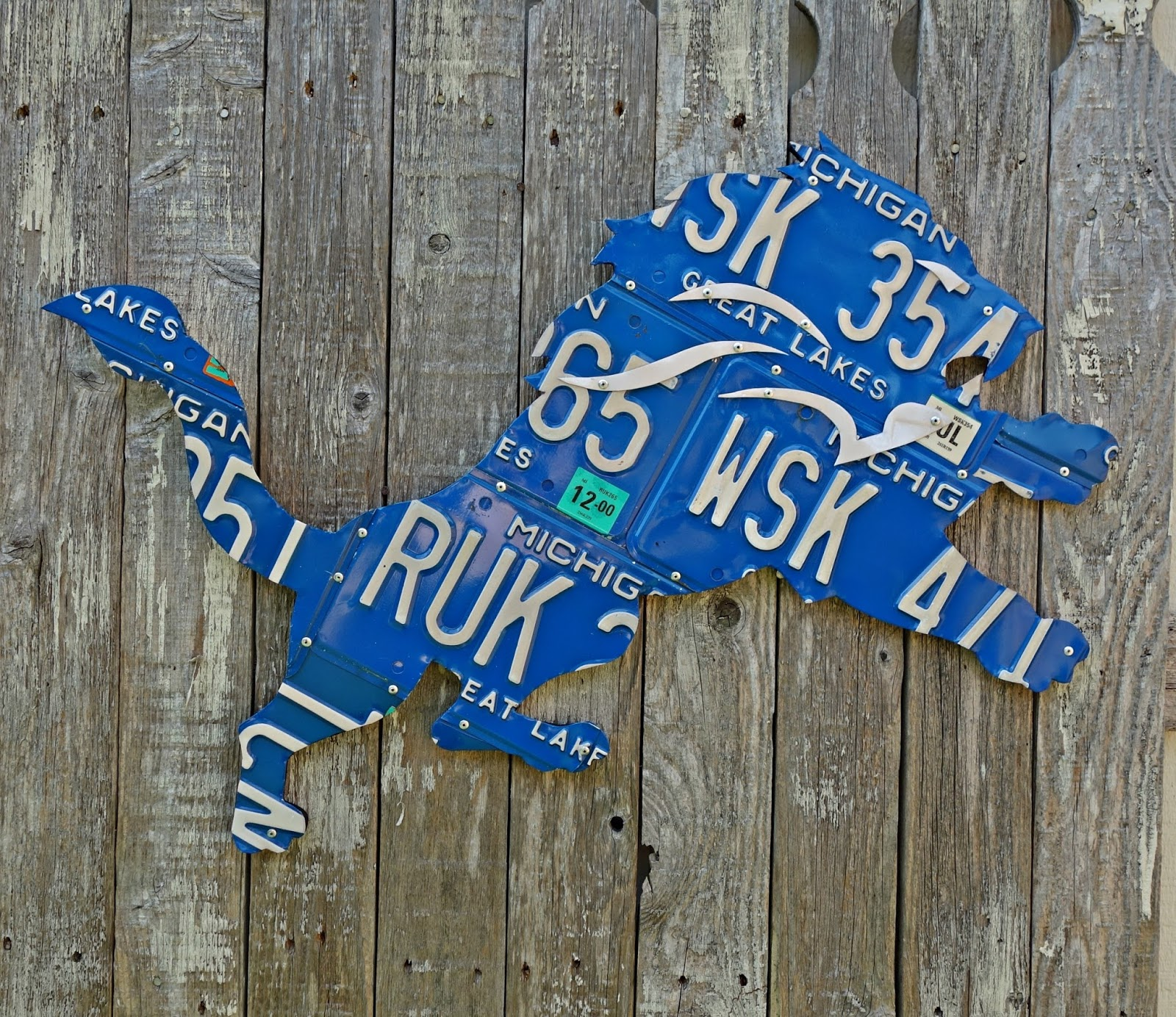 Giant Detroit Lions Great Lakes Michigan License Plate Logo Wall Art - Optional Blue LED Back Light & Giant Detroit Lions Great Lakes Michigan License Plate Logo Wall Art ...