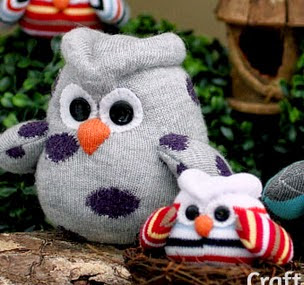 http://translate.googleusercontent.com/translate_c?depth=1&hl=es&rurl=translate.google.es&sl=en&tl=es&u=http://www.craftpassion.com/2014/02/how-to-sew-sock-owl.html/2&usg=ALkJrhjMCIFGUe_LXWRwY1oc3CmjeCXXKQ