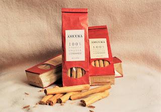 cinnamon harvest, amuura. ceylon cinnamon