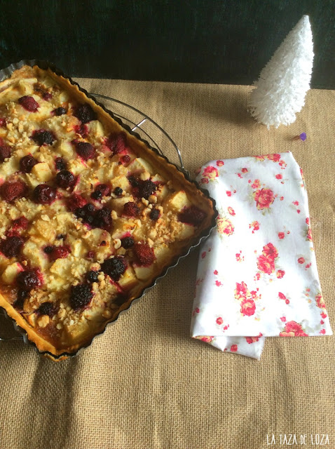 tarta-de-frutas-con-avellanas
