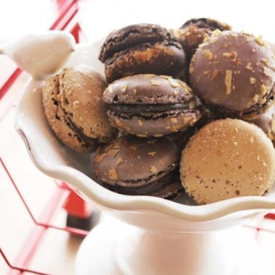 Recipe | Crunchy Chocolate Macarons with Chocolate Ganache